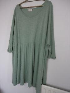 HUSH DRESS. GREEN. SIZE S, OVERSIZED DRESS. 100% COTTON. STUNNING