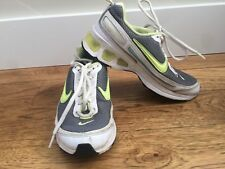 Vintage Nike 317938 Air Turbulence Size  5 Youth