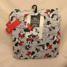 New listing Disney Minnie Mouse 2-Pack Hot Pads Oven Pot Holder w/ Snap Hook For Hanging Nwt
