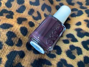 Essie Nail Polish Nail Colour -carry on 760  13.5ml - New - freepost