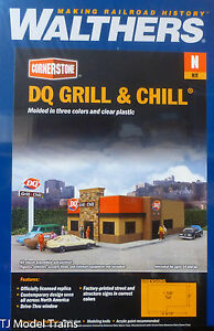 """Walthers N #933-3846  DQ Grill & Chill 4-1/2 x 3 x 1-9/16"""" 11.4 x 7.6 x 3.9cm"""