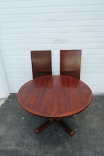 Danish Modern Mid Century Rosewood Round Pedestal Dining Table with 2 Leaf 1494