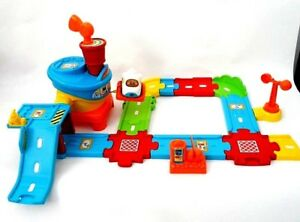 Vtech TOOT TOOT DRIVERS AIRPORT - AIRPLANE - SMART POINTS -144103 - INTERACTIVE