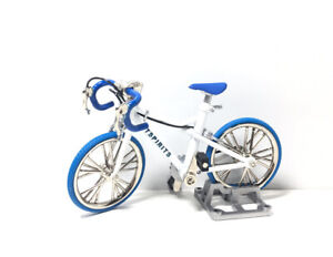 Toys Spirits Japan Exclusive 1/24 Scale Mini Die-Cast Bicycle Model Figure B