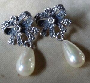 vintage 925 STERLING SILVER marcasite ribbon pearl dangle pierced earrings -N217
