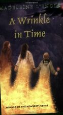 A Wrinkle in Time (A Wrinkle in Time Quintet) by Madeleine LEngle