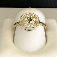 Beautiful 18K Yellow Gold  Ladies Ring Size 7 1/2 W/ Sapphire