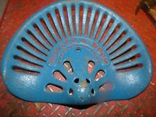 2ND WOOD   VINTAGE CAST IRON TRACTOR FARM IMPLEMENT SEAT ANTIQUE COLLECTIBLES