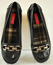 NWOT! WOMENS ESPRIT BLACK SHOES LOW HEEL SIZE 7.5M WITH SILVERR CHAIN BRAND NEW