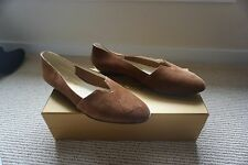"Salvatore Ferragamo NIB Limited Edition ""Archives"" Brown Suede Flats SZ 37 M"