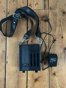 Metz Mecablitz 60 CT Battery Station For Metz 60 Flash Head With Charger & Strap