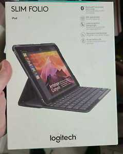 LOGITECH Slim Folio Case  Integrated Bluetooth Keyboard for iPad 5th and 6th Gen