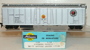 Northern Pacific 50' Mechanical Reefer  Athearn