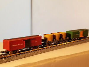 N Scale (2) box cars and (1) water tanks car