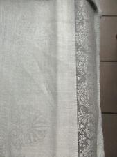 Centritavola a striscia grigio