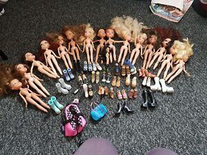 Bratz Dolls Bundle - some accessories