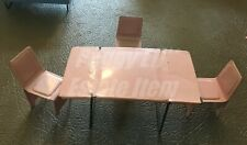 VINTAGE METAL 4 PIECE KITCHEN SET IN PINK, TABLE & 3 CHAIRS UNMARKED