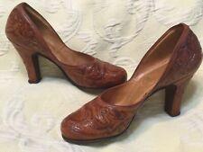 Vintage Tooled Leather Shoes Pumps Heels 1940's 1950's dance Rockabilly Western