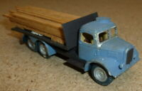 a model railway plastic kit in ho/oo gauge lorry with load