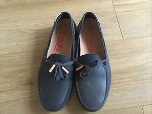NAVY MOCKS WOMENS FIT UK5 RUBBER SHOES