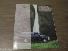 MINT CHEVROLET 1999 CHEVY TAHOE 36 PAGE SALES BROCHURE NEW (787)