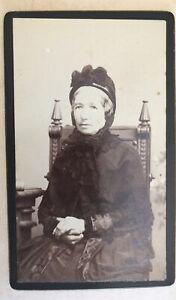 Carte De Visite Lady Sitting