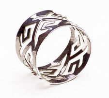 SIMPLE CONTEMPORARY STYLE METAL SILVER CUT OUT PATTERN STATEMENT RING(ZX49)