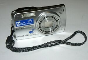 Nice Olympus Stylus 740  µ 740 7.1MP 5x Optical zoom Digital Camera No Battery