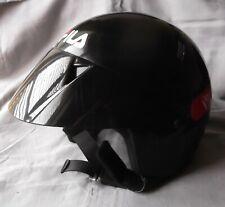Fila Jet Star fácil casco negro con pico pequeño-no para uso en carretera