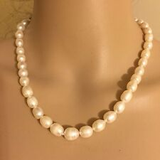 """Vintage Pearl Single Strand Elegant Necklace 18"""" With Sterling Silver Clasp"""