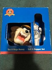Looney Tunes Taz And Bugs Bunny Salt And Pepper Shakers Football 1998 Gibson