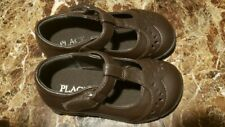 Toddlers t- strap maryjane shoes. Size 7 brown children's place adjustable new