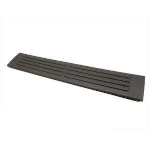 OEM NEW 00-07 GM Chevrolet GMC Silverado Rear Side Door Sill Trim Plate 10390379
