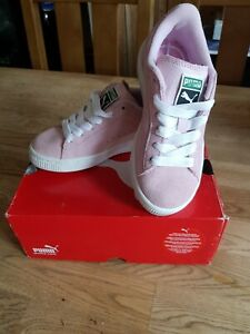 Girls Puma Suede Trainers Size UK12 Brand New In The Box...
