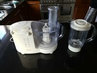 Kenwood FP470 Food Processor & Accessories shown