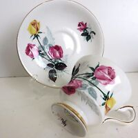 Windsor Bone China Teacup & Saucer England Pink & Yellow Roses, Used no Box