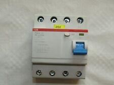 1x ABB FI-Schutzschalter F204A-40/0,3 40A 300mA 4-polig
