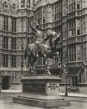 LONDON. Richard the Lion-heart on Horseback at Westminster 1926 old print