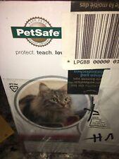 PetSafe Microchip Cat Flap - White 4-Way Lock Easy Program Cat Door Ppa19-16687