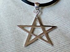 """STERLING SILVER 25mm PENTAGRAM PENDANT on a18""""/46cm BLACK RUBBER THONG £9.50 nwt"""