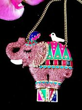 BETSEY JOHNSON CHAIN NECKLACE PINK GLITTER RHINESTONE CIRCUS ELEPHANT PENDANT