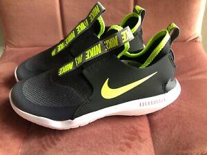 Nike Jungen Schuhe Sneaker grau/grün/neon Turnschuh Freizeitschuhe Gr. 33 neu