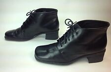 Women's Naturalizer Black Leather Square Toe 5Eye Ankle Boots Sz.7.5