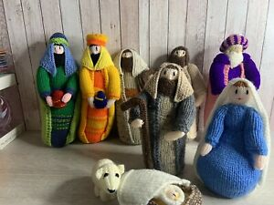 """Christmas Decoration - Hand Knitted Nativity Set - 9 x Pieces - 8"""" Tallest Used"""
