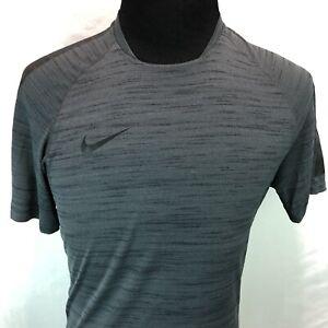Nike Flash Cool Short Sleeve Rubberized Shoulders Football Shirt Medium P23