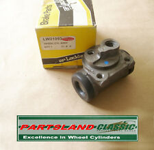 trasero Lado Derecho cilindro de freno rueda NISSAN PRIMERA 1.6 P10 W10 1990-96