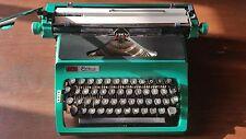 daro Erika 41 Vintage Green Typewriter l Clean l Fresh Paint l w/ case and docs