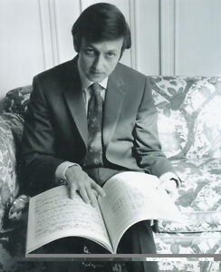 """ANDRE PREVIN UNSIGNED 10"""" x 8"""" PHOTO - Z795 - PIANIST, CONDUCTOR AND COMPOSER"""