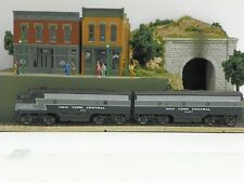 "BACHMANN PLUS HO M/A ""NEW YORK CENTRAL"" FMD F7A/F7B BOTH PWRD LOCOMOTIVE SET"