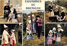 BR075 Bretagne groupe en costume de Locronan france